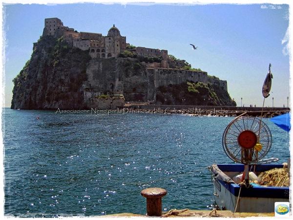 castello aragonese ischia snorkeling